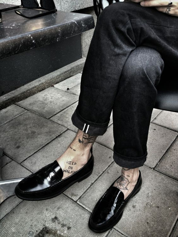le-mocassin-dans-tous-ses-etats-penny-loafer-shopping-folkr-00