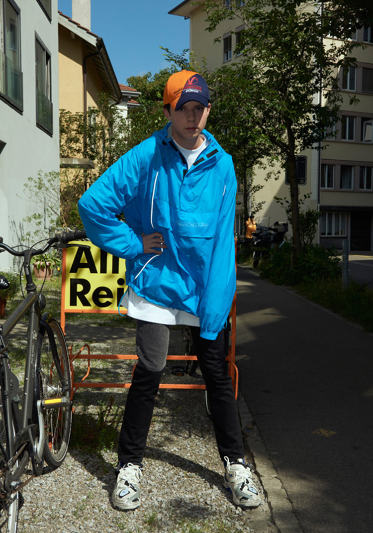 vetements-collection-printemps-ete-2018-shooting-zurich-demna-gvasalia-folkr-39