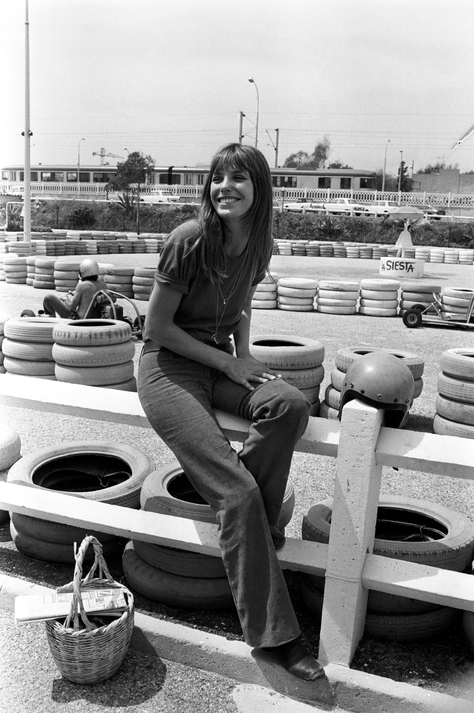 a-guide-to-cool-jane-birkin-photo-folkr-5