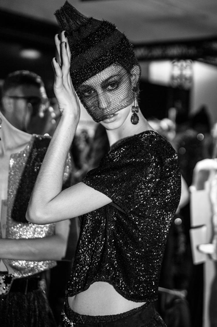 backstage-defile-homme-femme-ss18-folkr-giorgio_armani_prive_haute_couture_2017-2018_automne_hiverar3_1