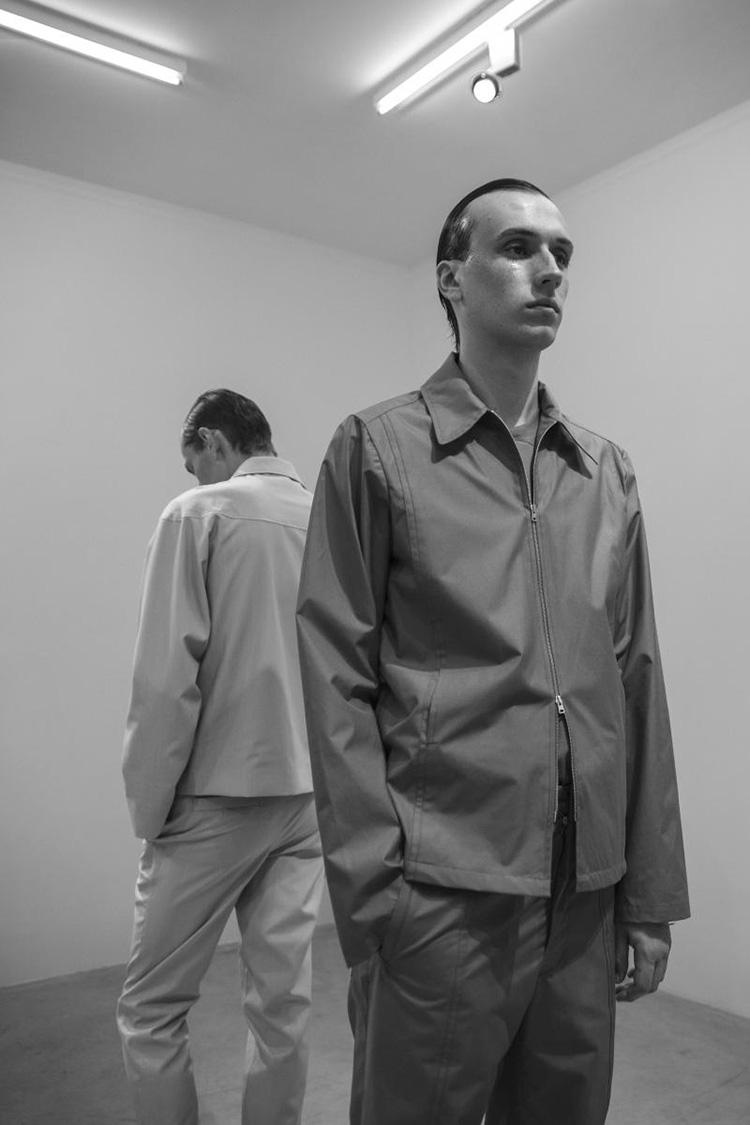 backstage-defile-homme-femme-ss18-folkr-mackintosh_m10