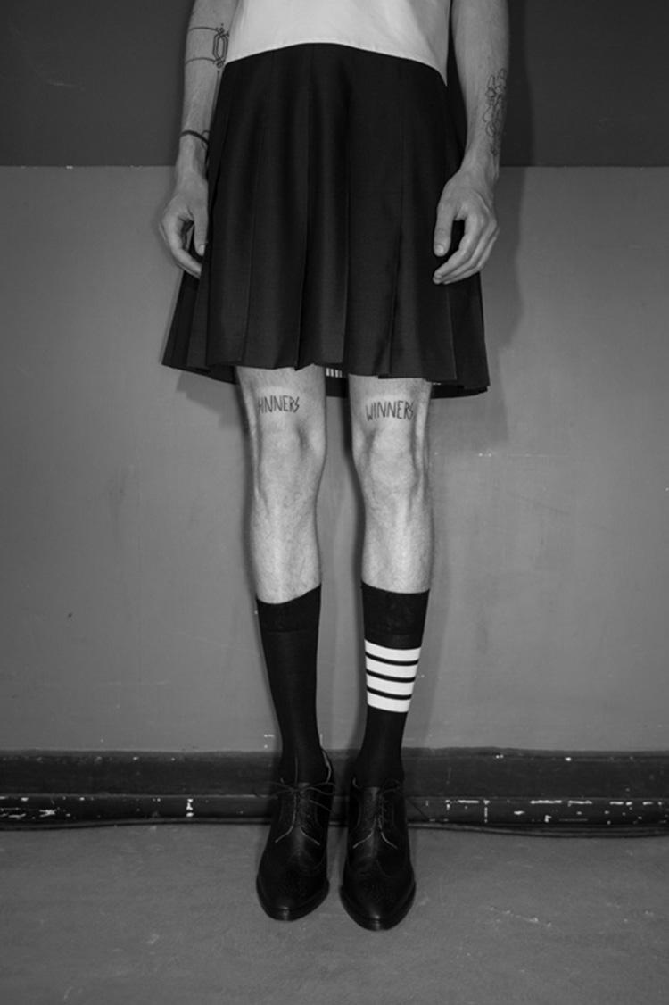backstage-defile-homme-femme-ss18-folkr-thom_brown_ss_18_t2