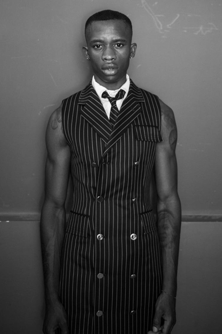 backstage-defile-homme-femme-ss18-folkr-thom_brown_ss_18_t6